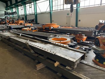 KUKA KRC2 Linear-Achse 7.Achse 13,5m with 3 Robot-Slots...
