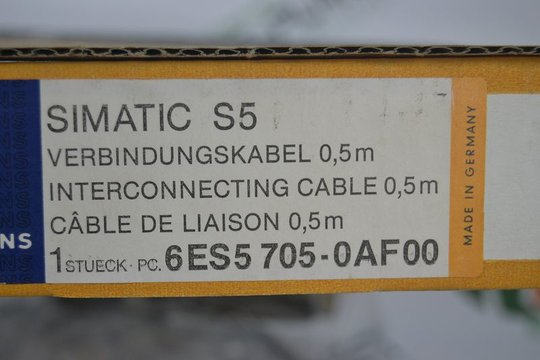 SIEMENS SIMATIC S5 Interconnecting Cablel 6ES5705-0AF00 6ES5 705-0AF00 OVP